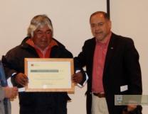 Alfredo Neipán junto al Director regional del CNCA Alejandro Arroyo